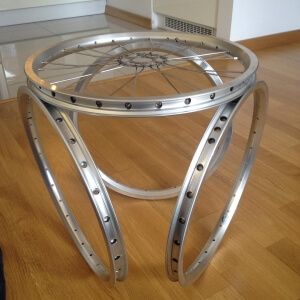 Bicycle wheels converted into a table