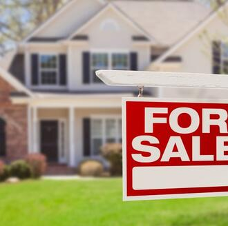 A complete guide on how to prepare your home to sell, stage it, move into a new home, and more.